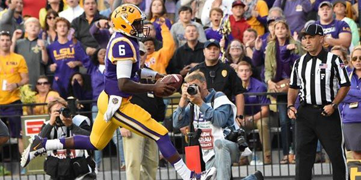 LSU moves up one spot in USA Today and AP Top 25 polls