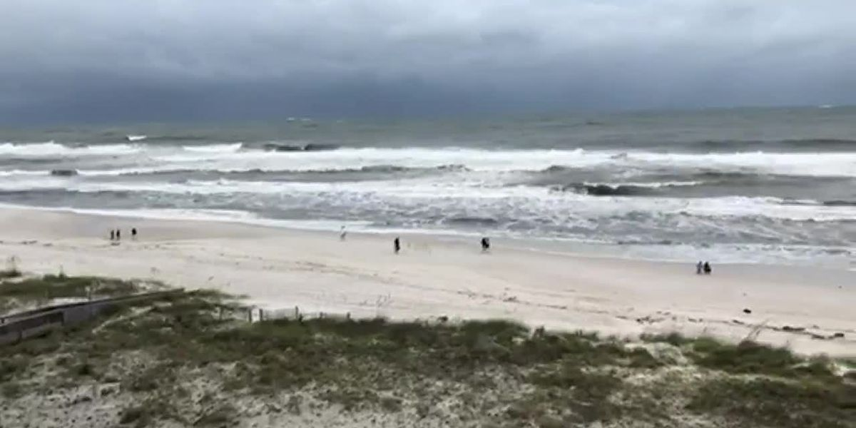Waiting and getting ready for Hurricane Sally in Gulf Shores