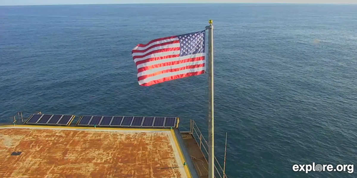 Frying Pan Tower raises new American flag, plans to auction off old flag to support Florence victims