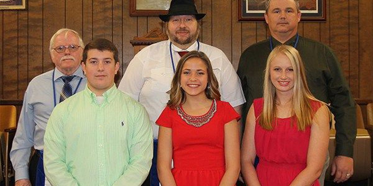 Livy teens rewarded for honesty and integrity