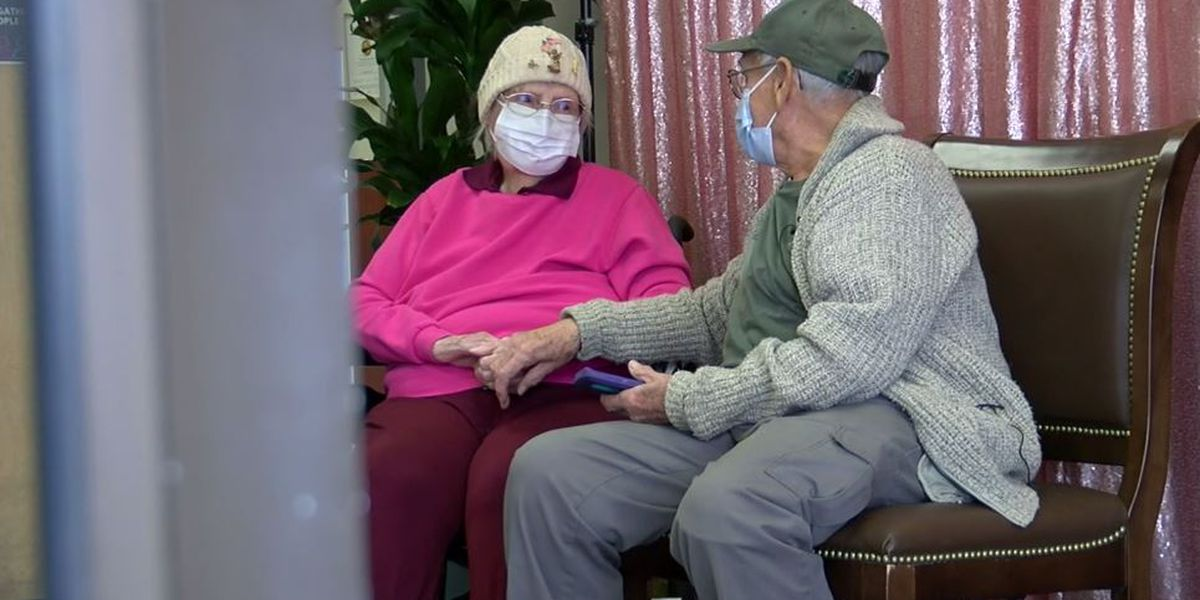 COVID-19 hospitalizations tumble among US senior citizens