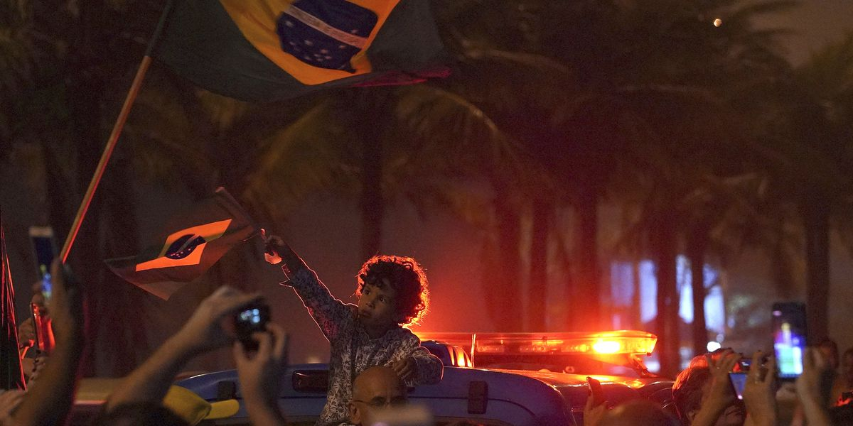 Brazil presidential campaign ends with debate ahead of Sunday vote