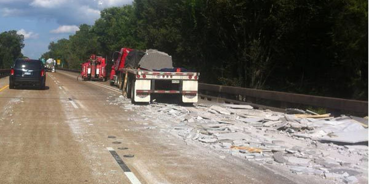 Concrete spill near Whiskey Bay causes heavy backups on I-10 East