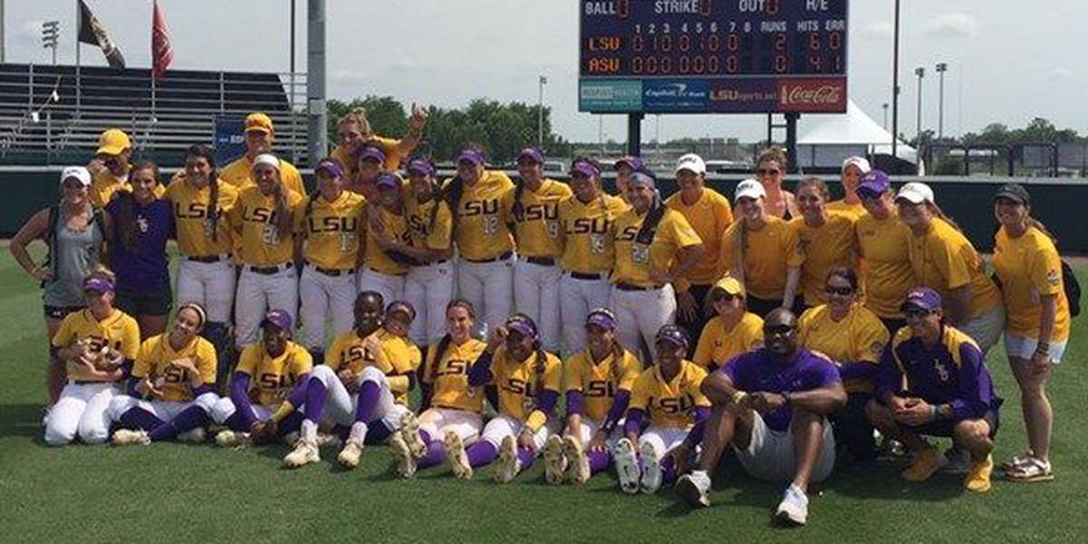 LSU softball advances to NCAA Super Regional