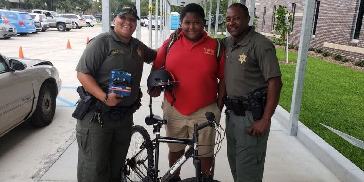 Deputies surprise Baton Rouge student with bike