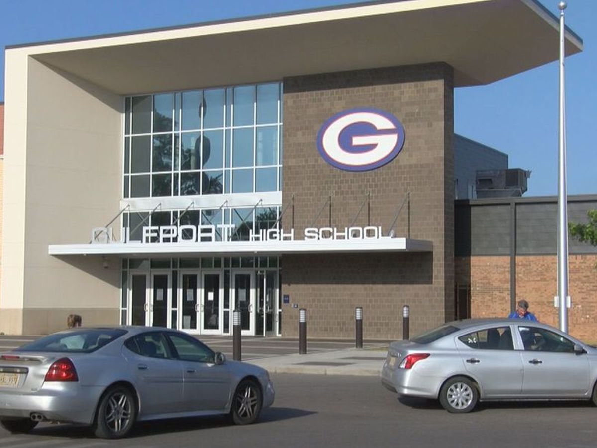 100 students sent home from Gulfport High after teacher shows symptoms of COVID-19