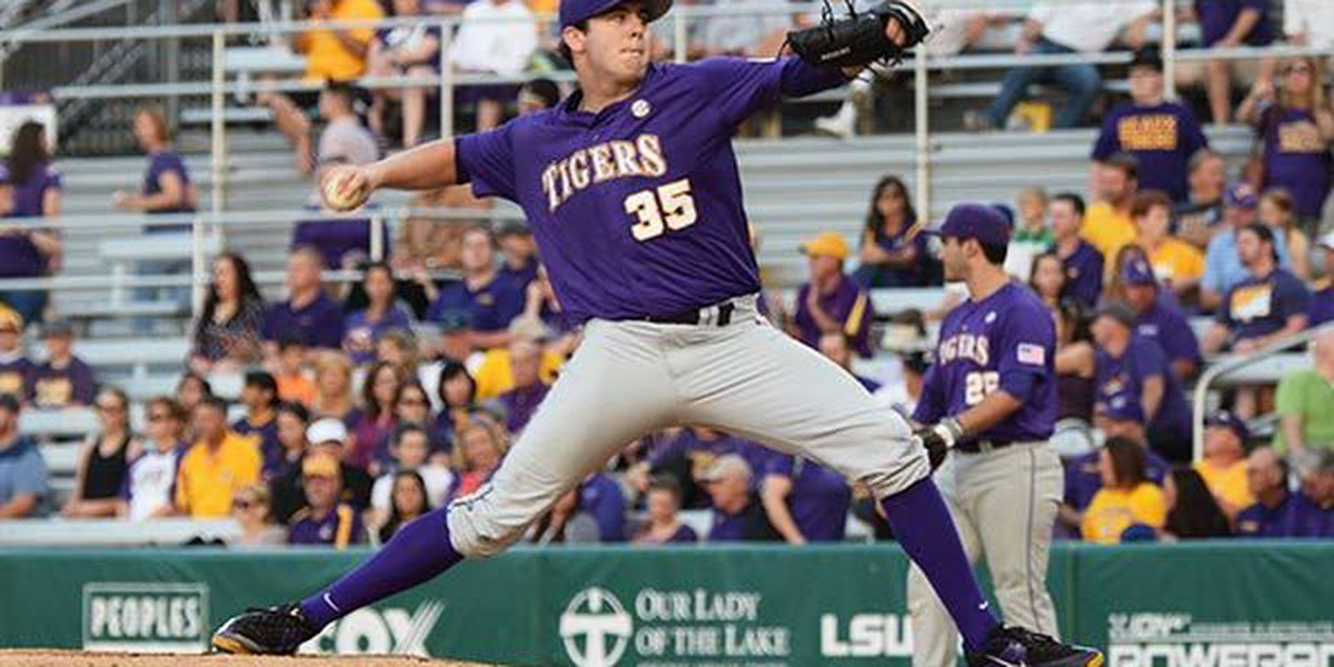 Tigers take a dive in updated baseball polls