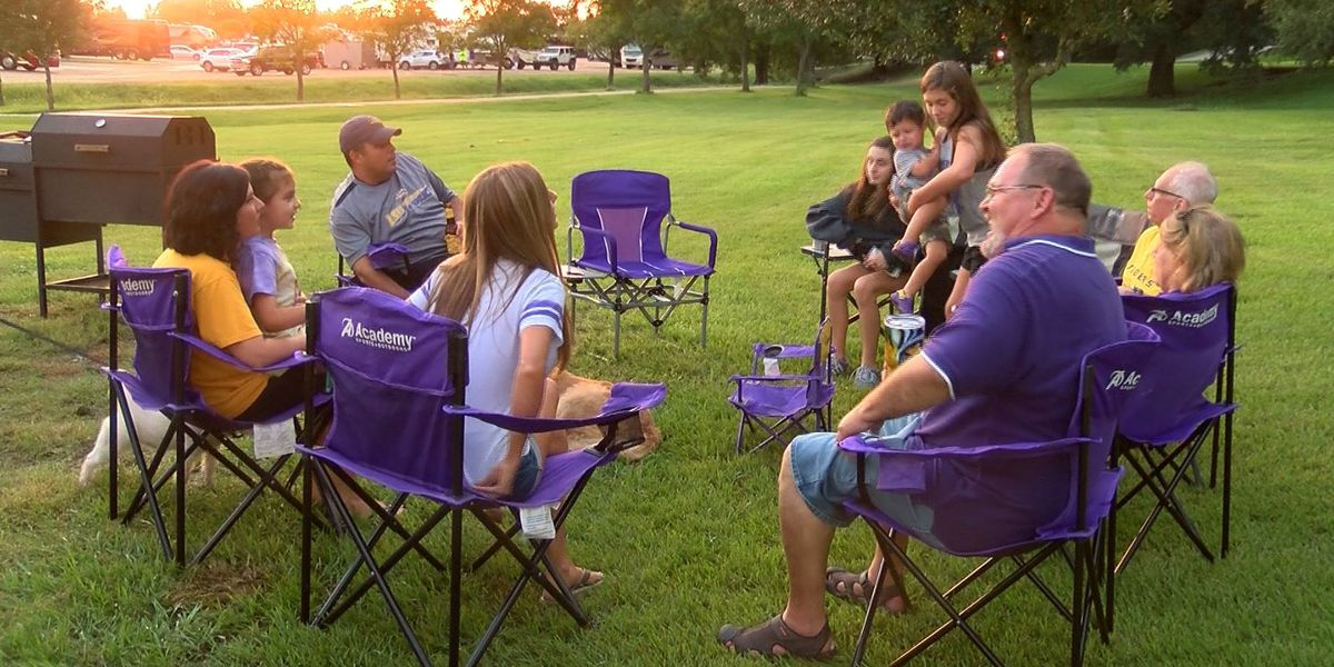 LSU fans prep for home opener, plus transportation options for game day