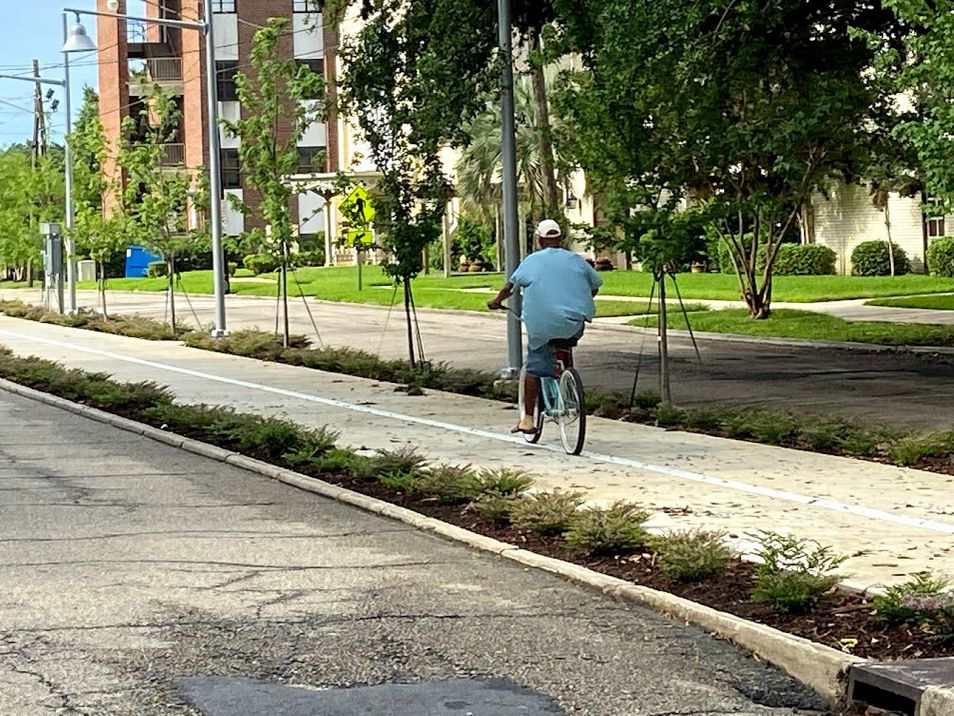 New portion of Downtown Greenway unintentionally merges past versions of East Blvd.
