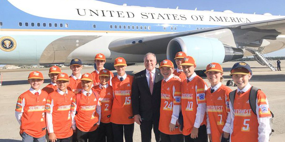 Eastbank Little League team catches ride back to La. on Air Force One