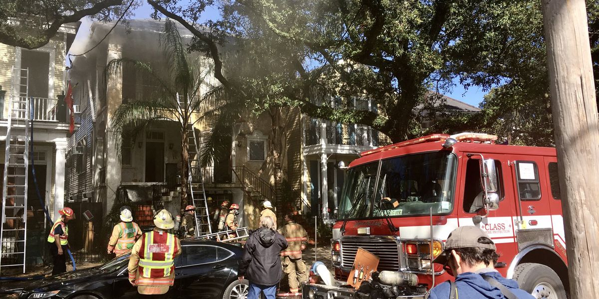 Four-alarm fire reported on St. Charles Avenue; 2 taken to the hospital