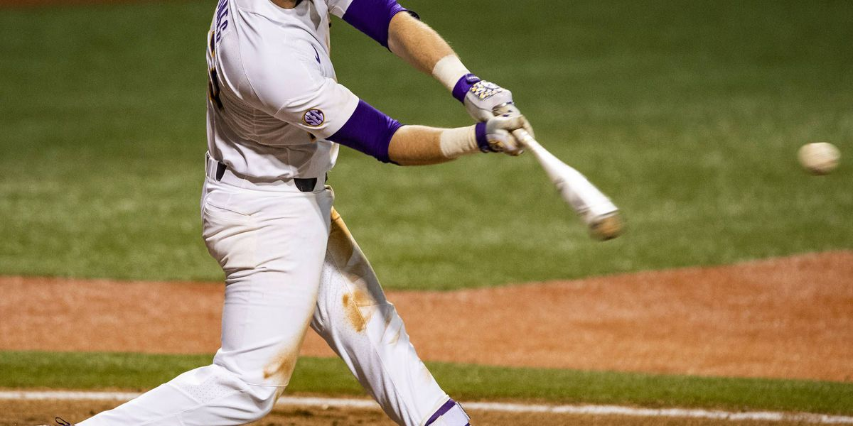 LSU Baseball falls in game two, 11-4