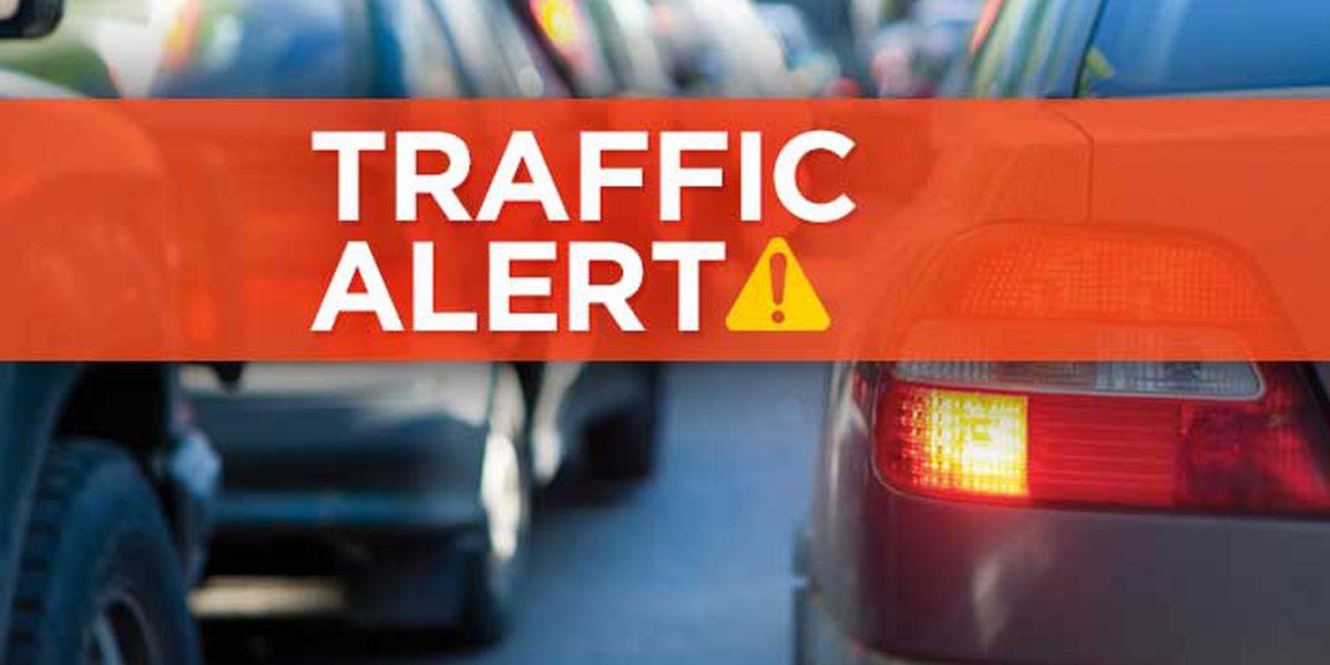 I-10 E at Highland Road reopened after 18-wheeler crash; no injuries