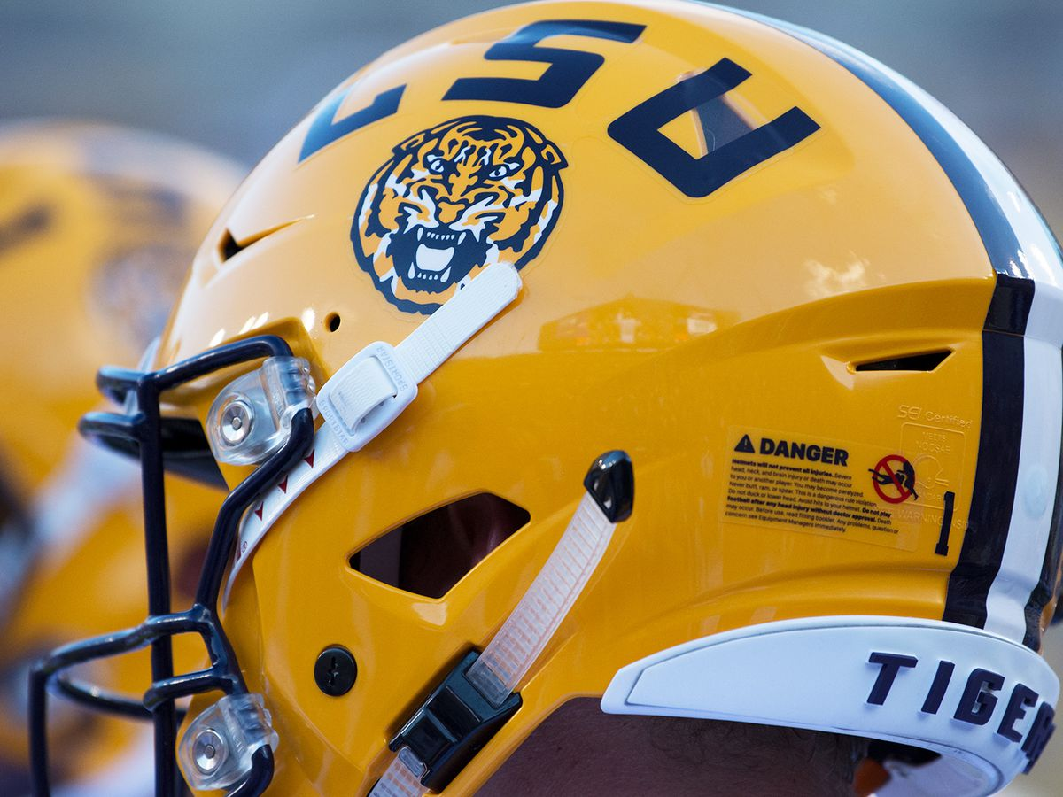 Report: LSU 5-star commit transfering from Mater Dei High School