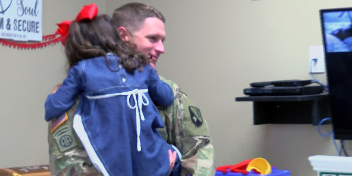 Daycare surprises soldier returning from Middle East as he picks up his 5-year-old daughter
