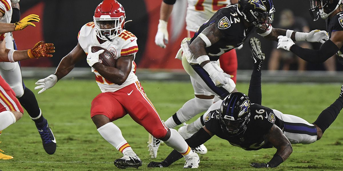 Former Tigers flash on field in Chiefs at Ravens on MNF