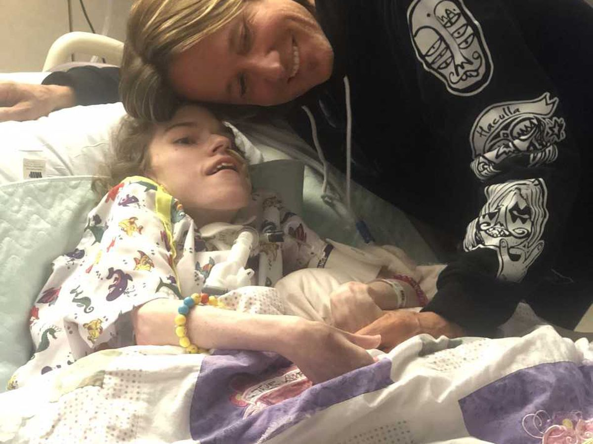 Keith Urban visits hospitalized fan after Mercy nurses start social media campaign