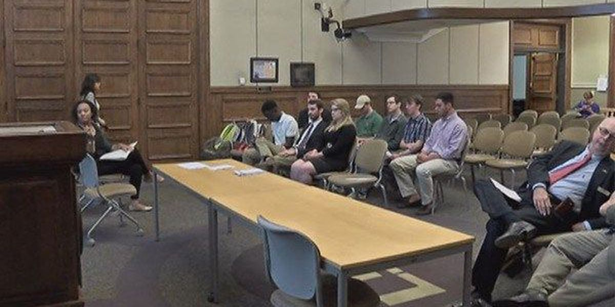 LSU students seek answers at forum on higher education cuts
