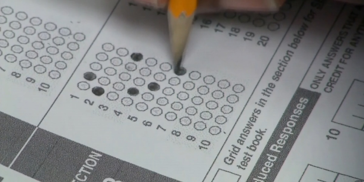 Bill to give entering freshmen another shot at ACT, SAT tests sailing through capitol
