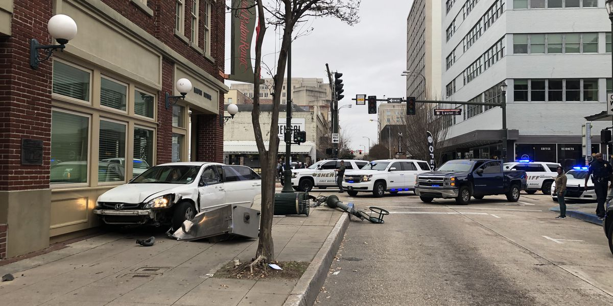 Shooting near N Foster Drive leads to police pursuit ending in downtown Baton Rouge