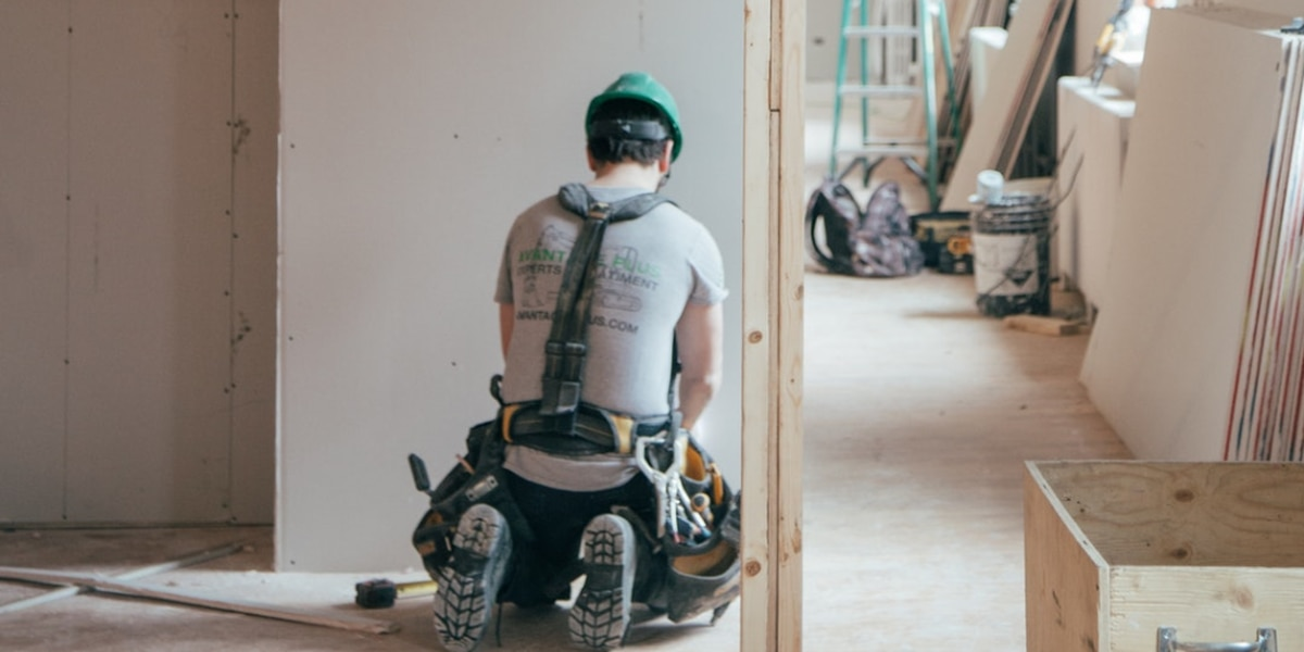 Ten-week course for aspiring residential contractors accepting applications