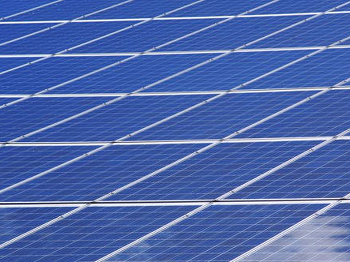 Two-day job fair seeking to hire nearly 200 solar panel installers