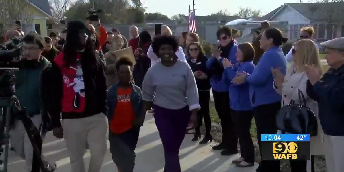 Single mother is now a homeowner thanks to Warrick Dunn Charities, Habitat for Humanity