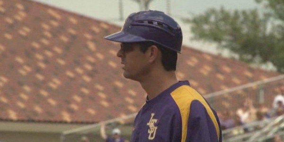 Hitting coach Javi Sanchez leaves LSU to pursue business career