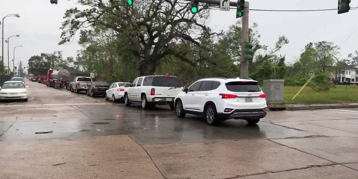 Gridlock as SWLA residents evacuate ahead of Hurricane Delta