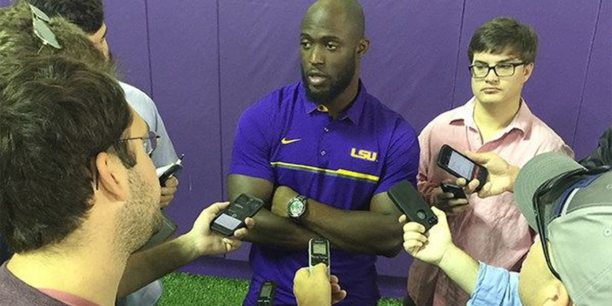 Fournette on NFL: 'I don't know, it's a hard decision'
