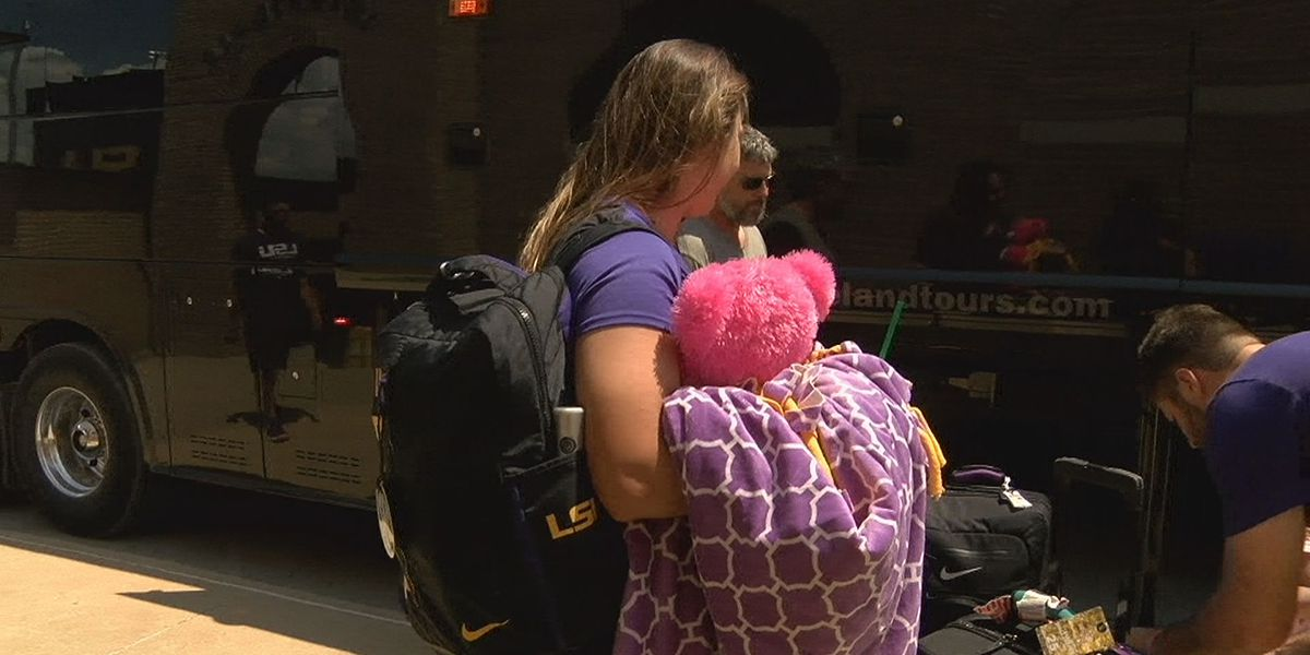 LSU softball heads to Minneapolis to face Minnesota in Super Regional