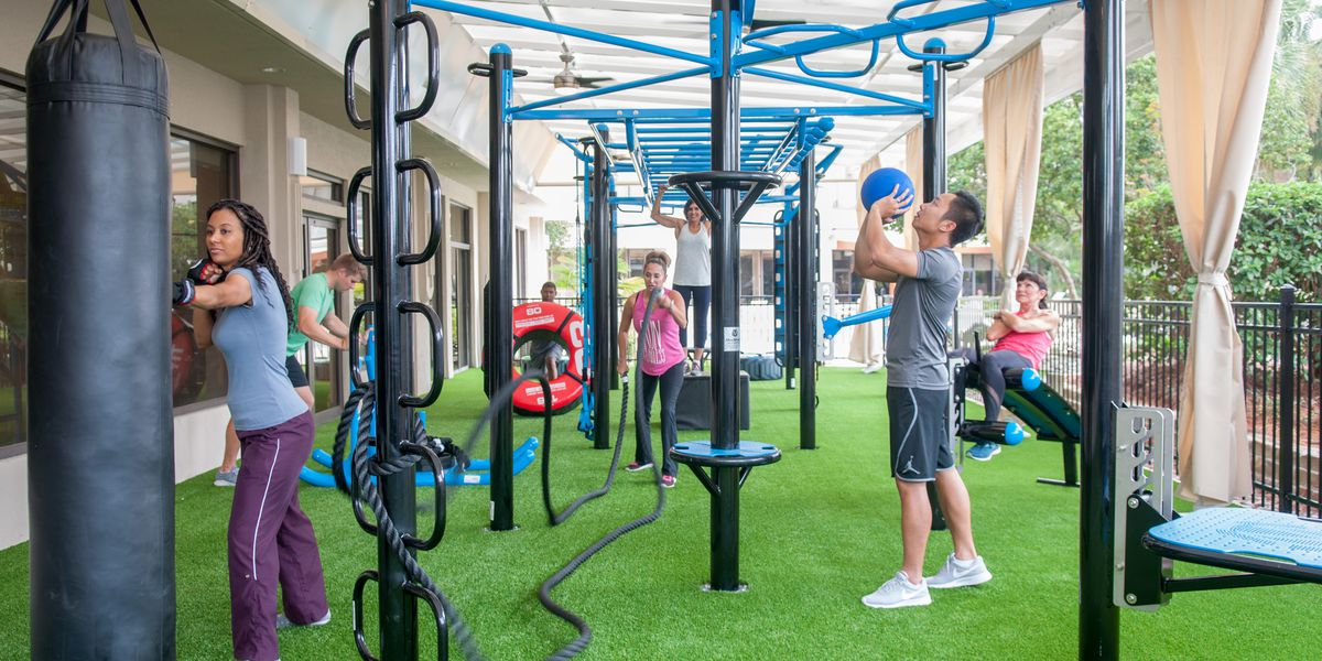 Crowne Plaza in Baton Rouge unveils new outdoor fitness center