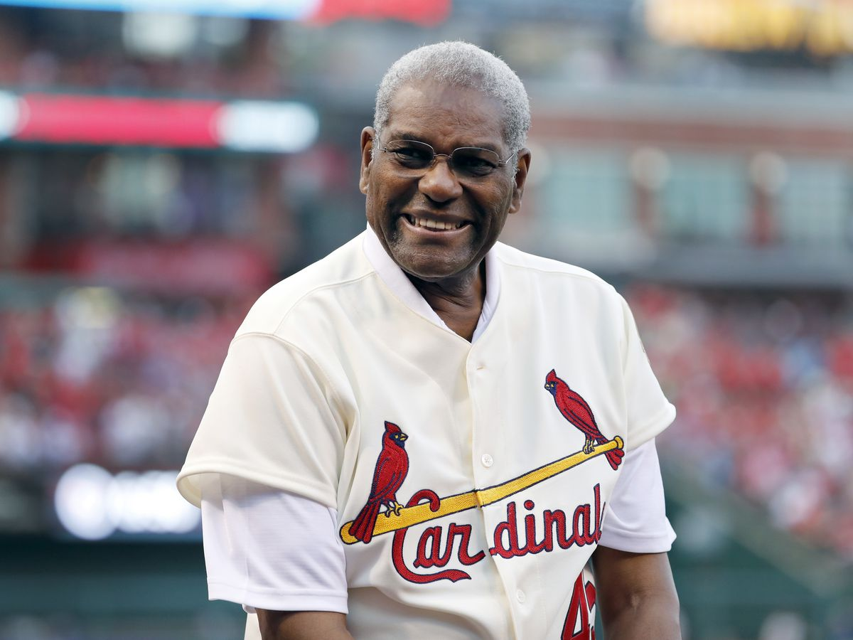 Bob Gibson, Hall of Fame ace for Cardinals, dies at 84