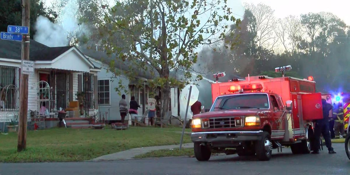 House near Istrouma High catches fire on cold morning