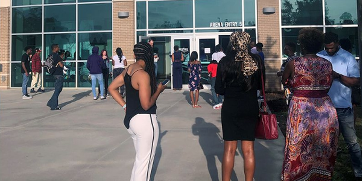Fake tickets to Woodlawn High graduation possibly sold to unsuspecting parents, loved ones