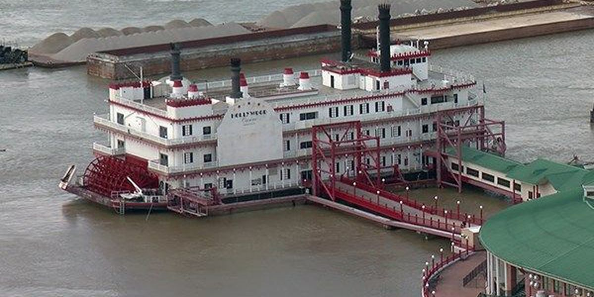 Bills moving riverboat casinos on land overcome first hurdles at La. capitol