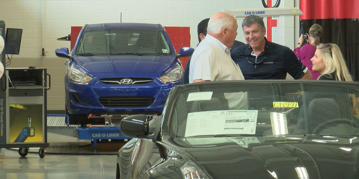 BRCC holds ribbon cutting for new automotive collision training center