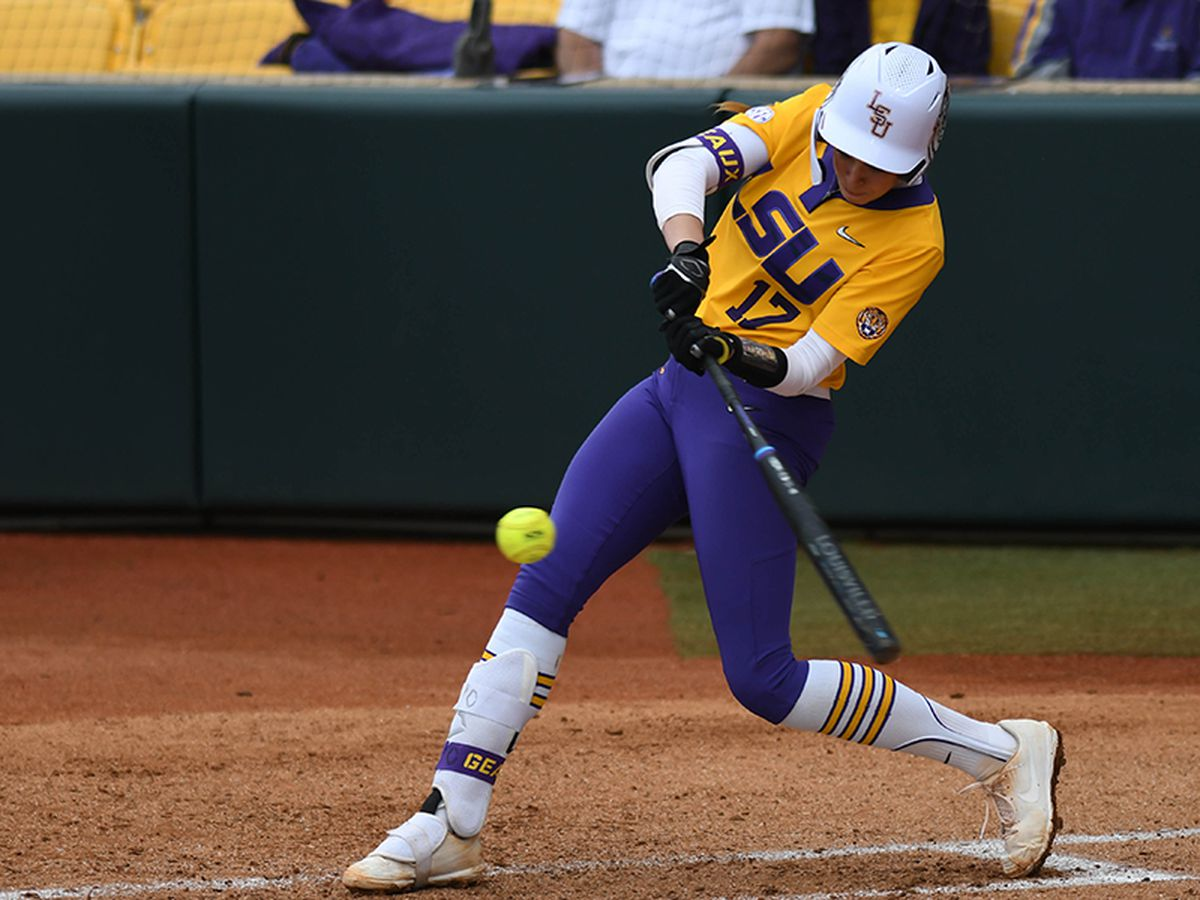 No. 7 LSU edges No. 13 UL-Lafayette, run-rules North Dakota on final day of LSU Invitational