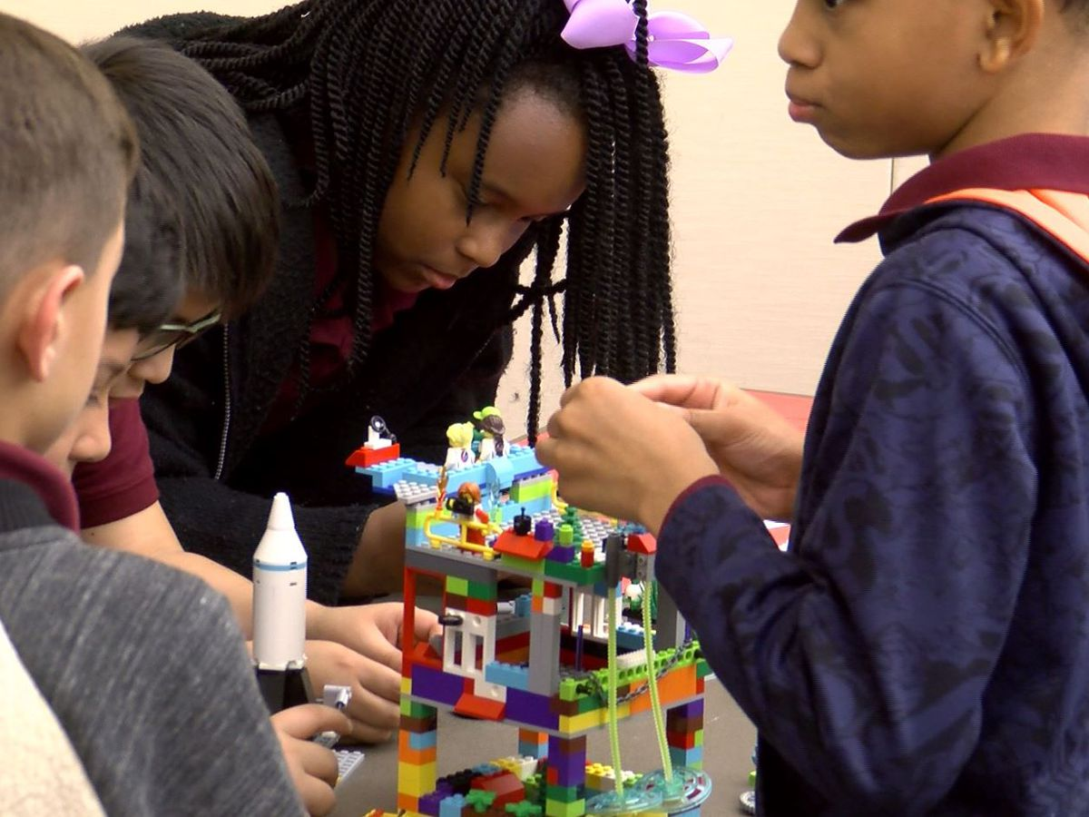 Elementary students participate in FIRST Lego League expo