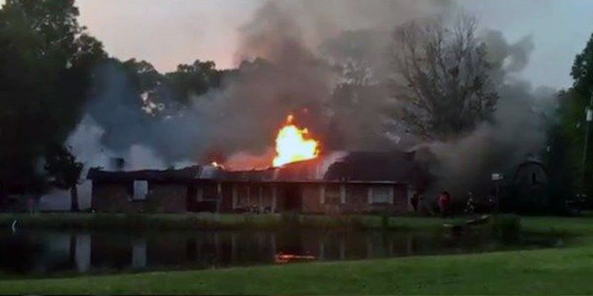 House just north of Zachary destroyed by fire
