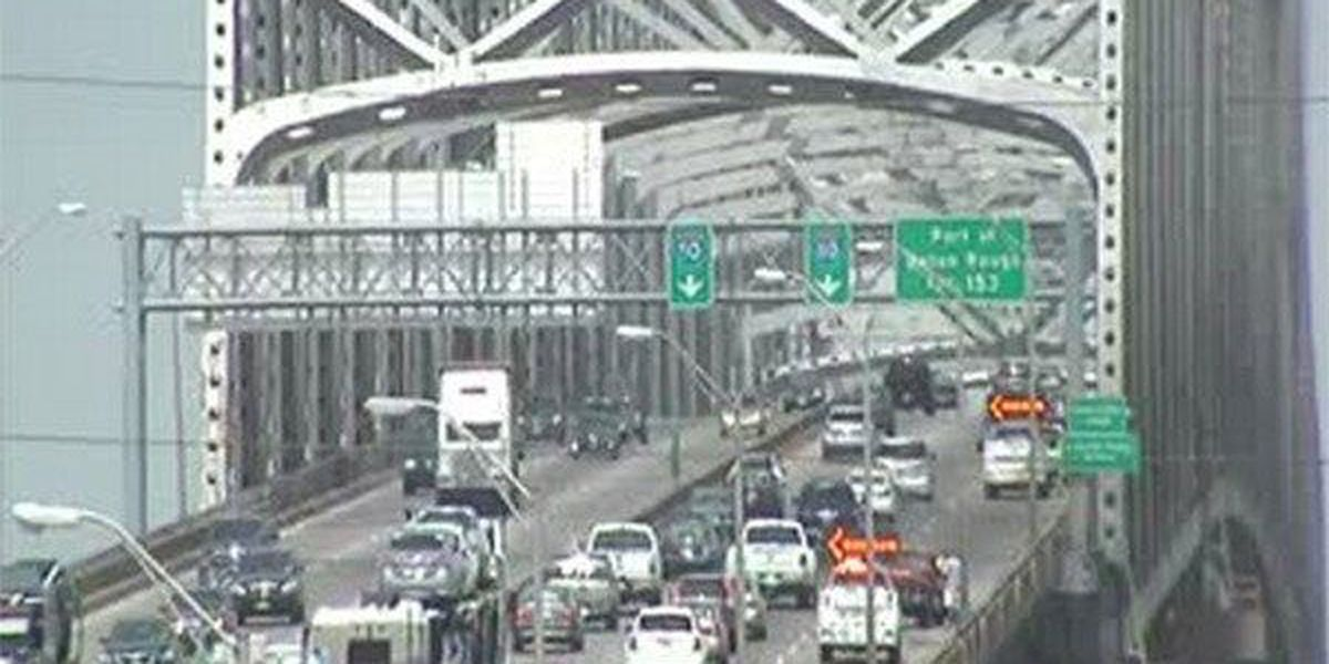 All lanes reopen on I-10 W on 'New Bridge' following crash