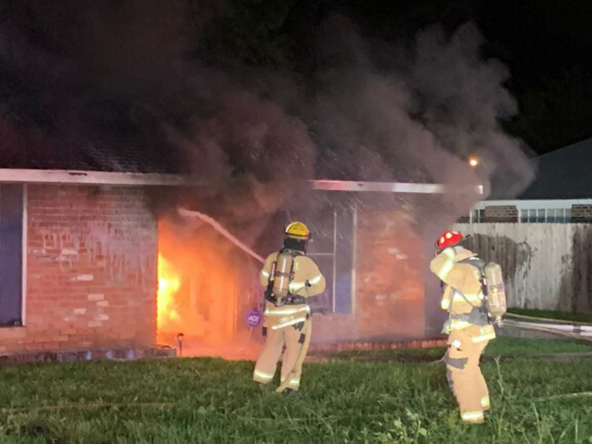 Flames from burning cars spread to Greenwell Springs home