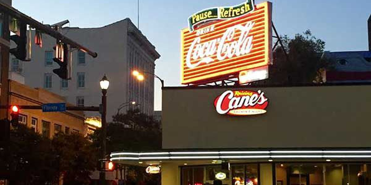 Iconic Coca-Cola sign back on in Baton Rouge