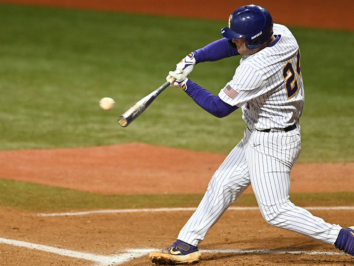 No. 11 LSU blows past La. Tech in midweek matchup