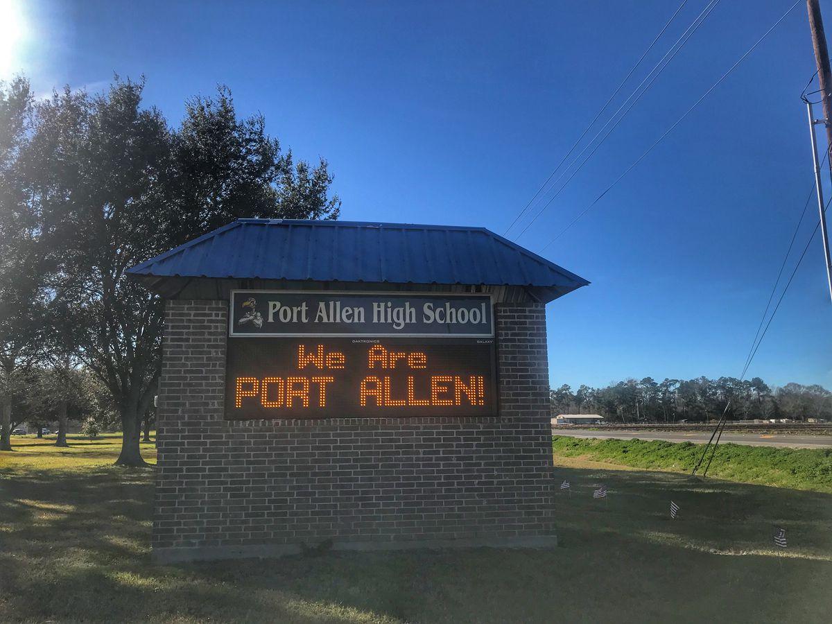 Man arrested for allegedly bringing unloaded gun onto Port Allen High campus