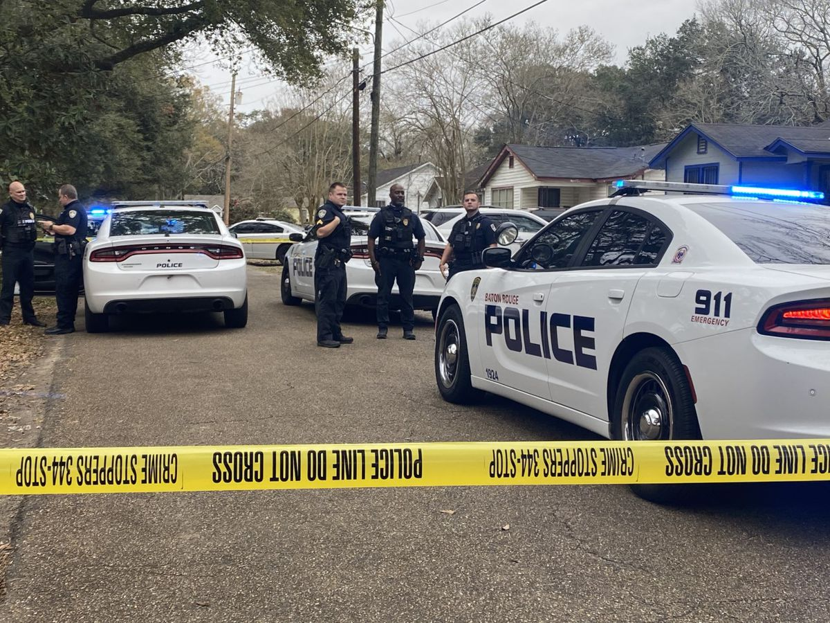 Authorities investigating deadly shooting on Delaware Street