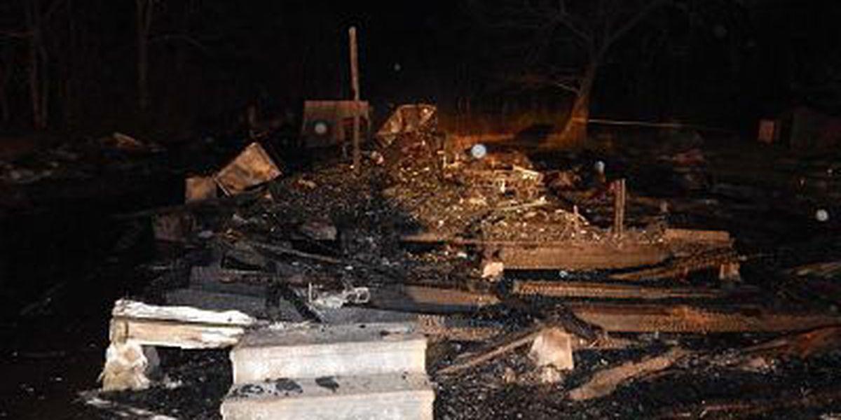 Man dies in Saturday evening house fire