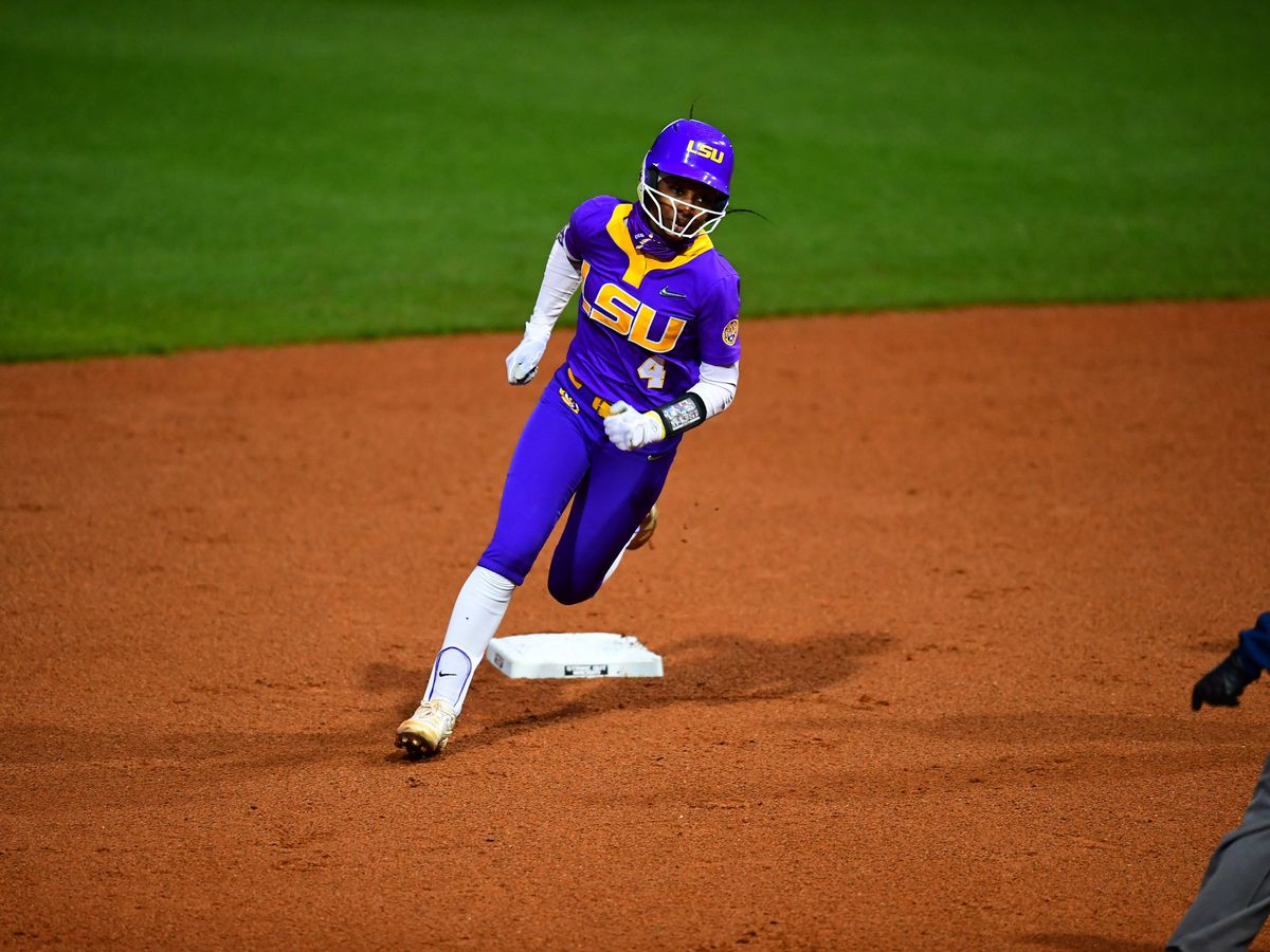 LSU softball run rules Southern Miss, 11-3
