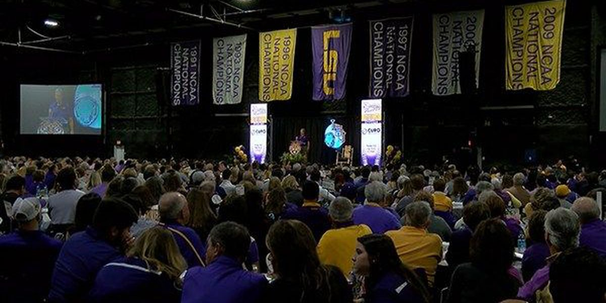 Alex Bregman returns to Baton Rouge as key note speaker for LSU First Pitch Banquet
