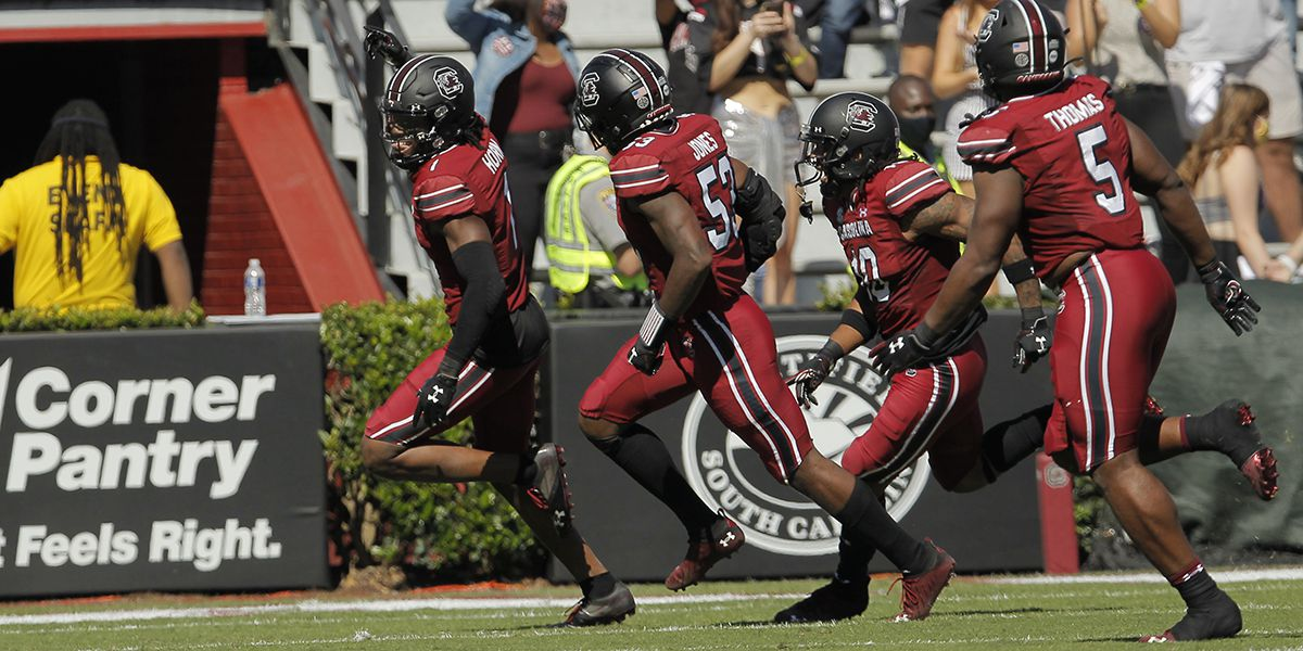 Muschamp says South Carolina continues to improve by practicing the right way